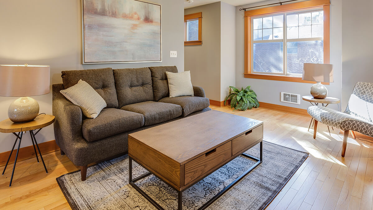 staging a home to sell