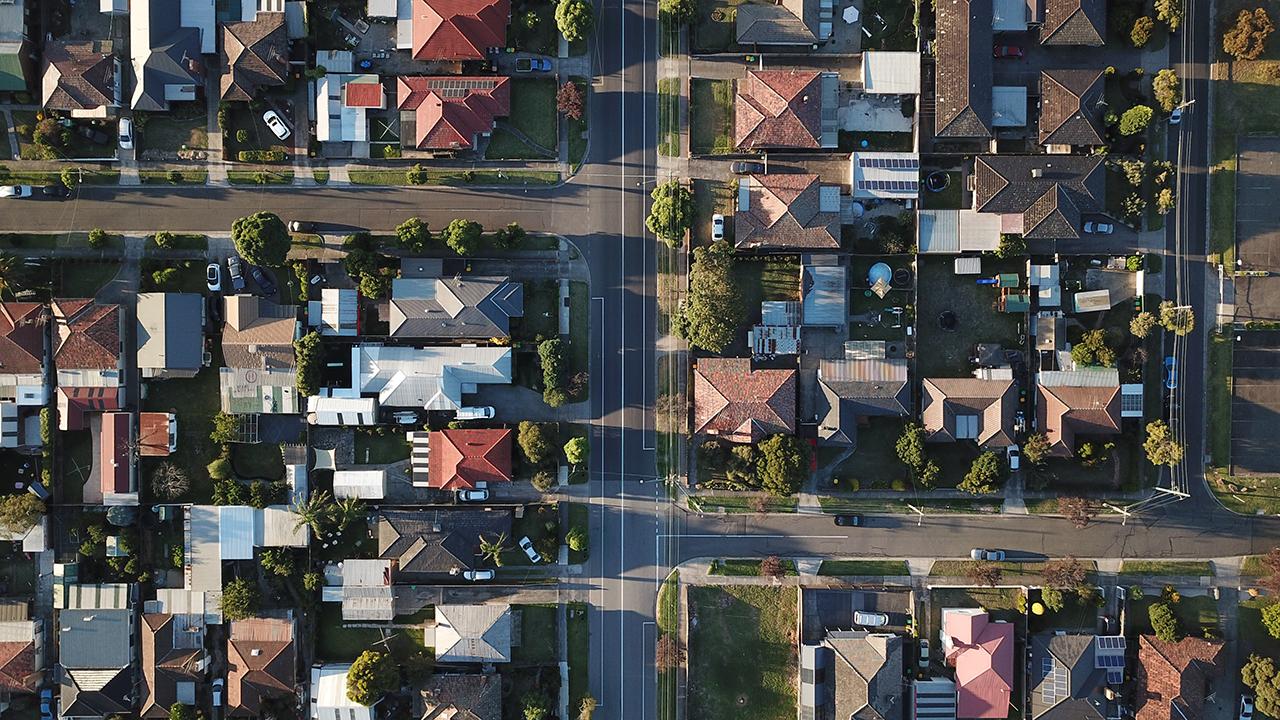 neighborhood of similar houses