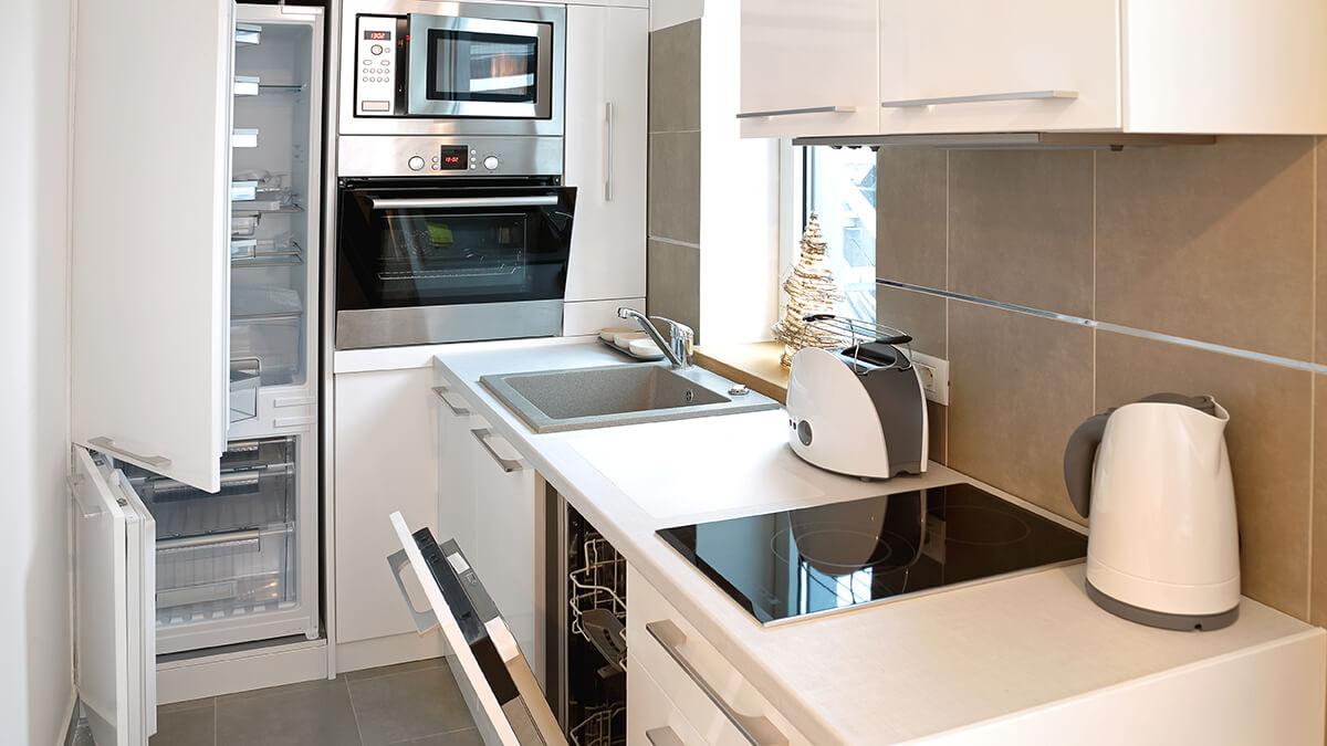 downsizing household
