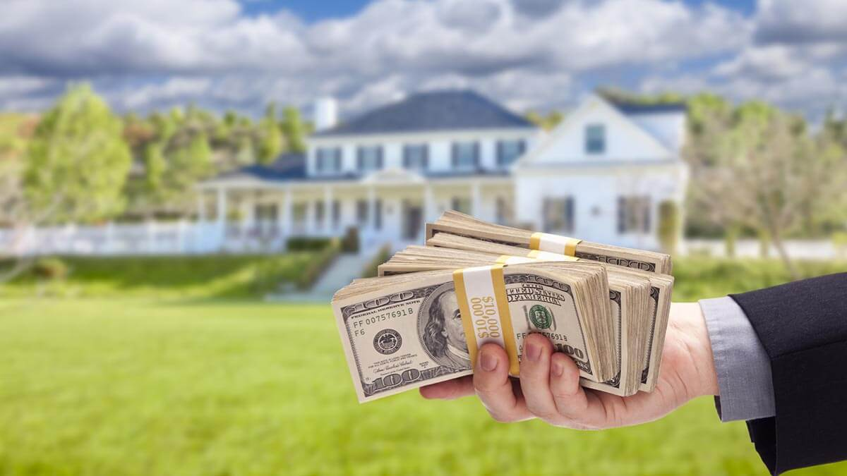benefits of accepting a cash offer on your house