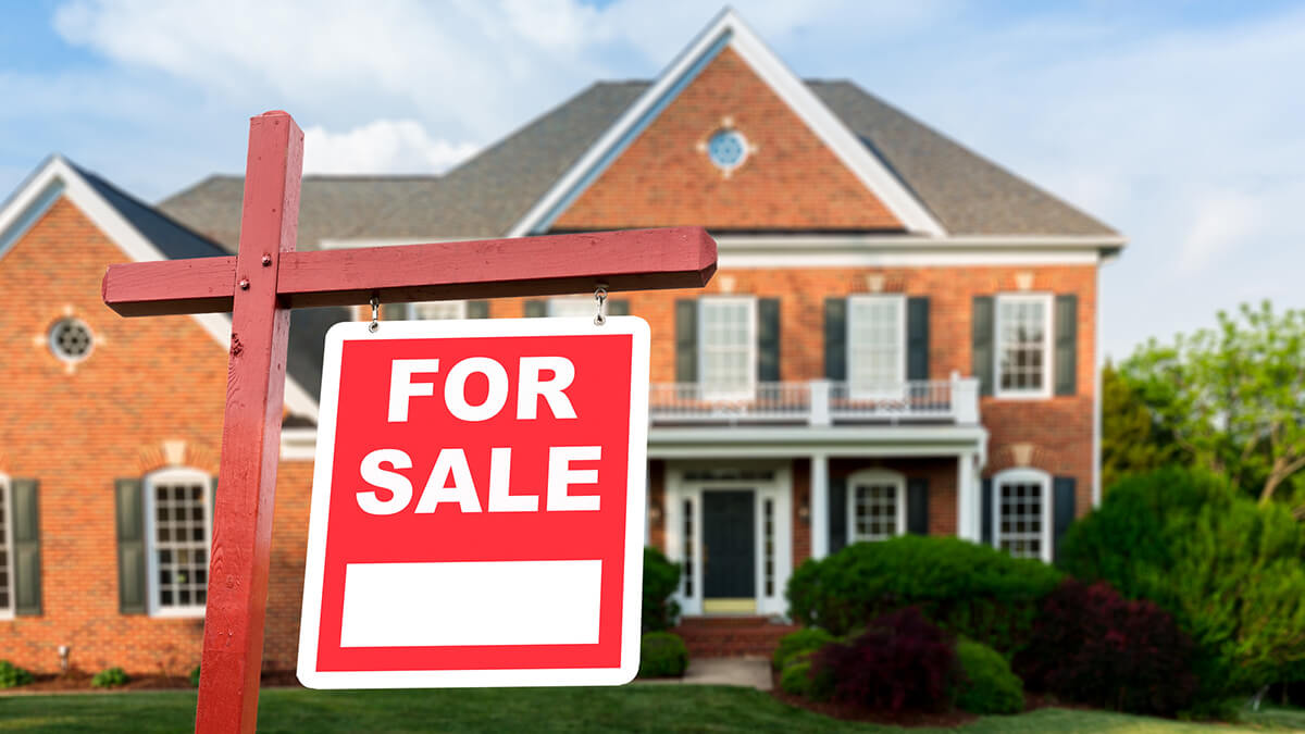 Dealing with the Stress of Selling a House